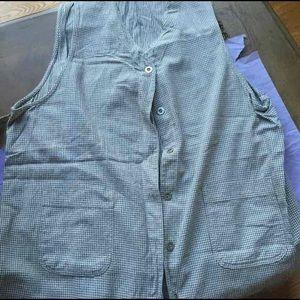 Size 3x long vest sleeveless shirt tank
